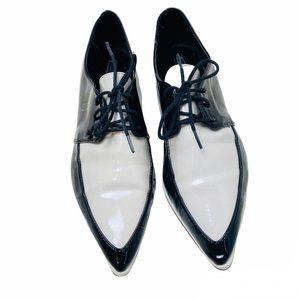 ZARA•Patent Pointed Bluchers Tuxedo Oxfords flats